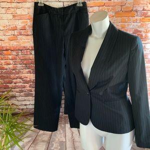 Jones New York One Button Black Striped Suit 10P